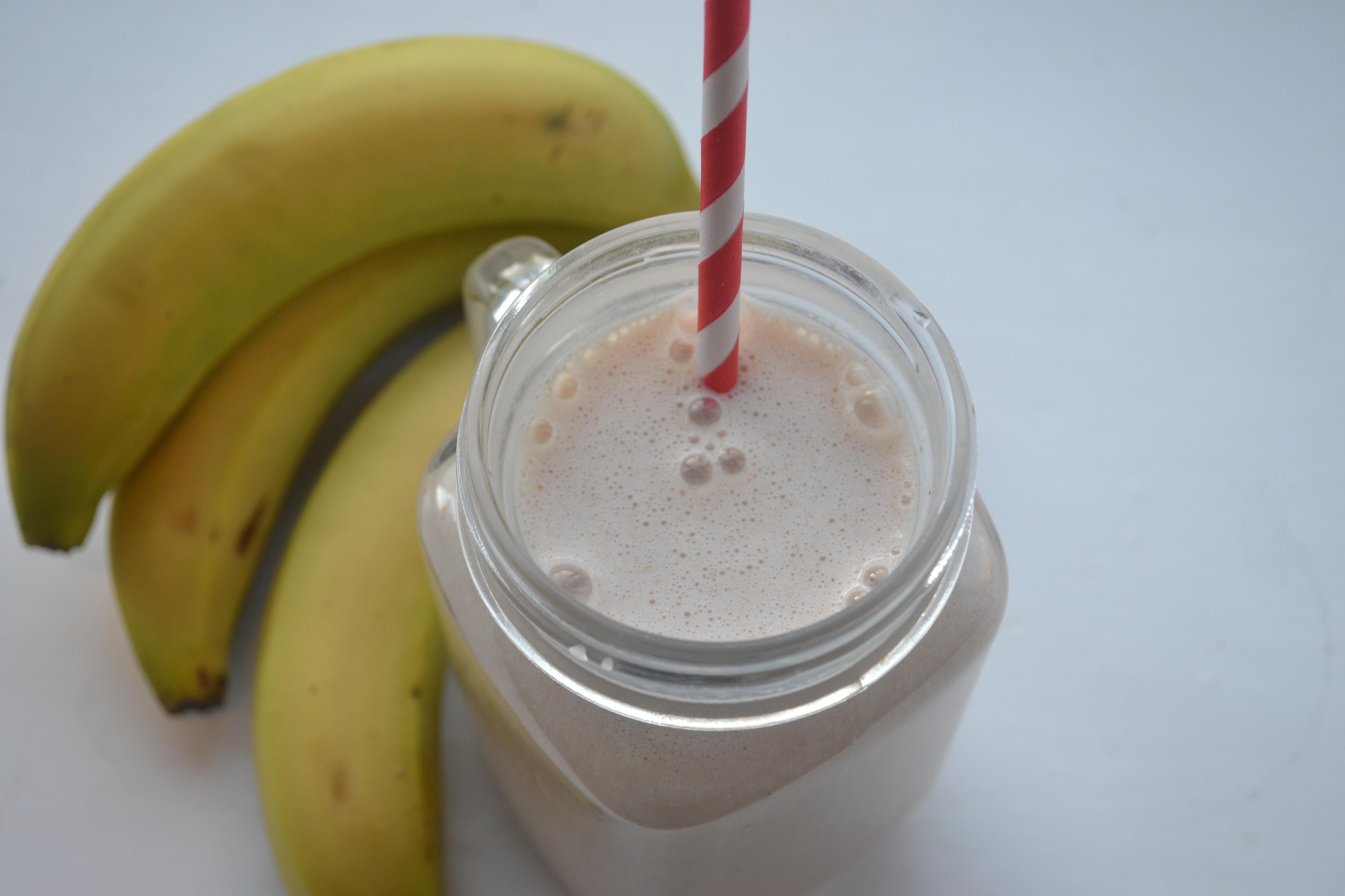 Protein rich banana smoothie