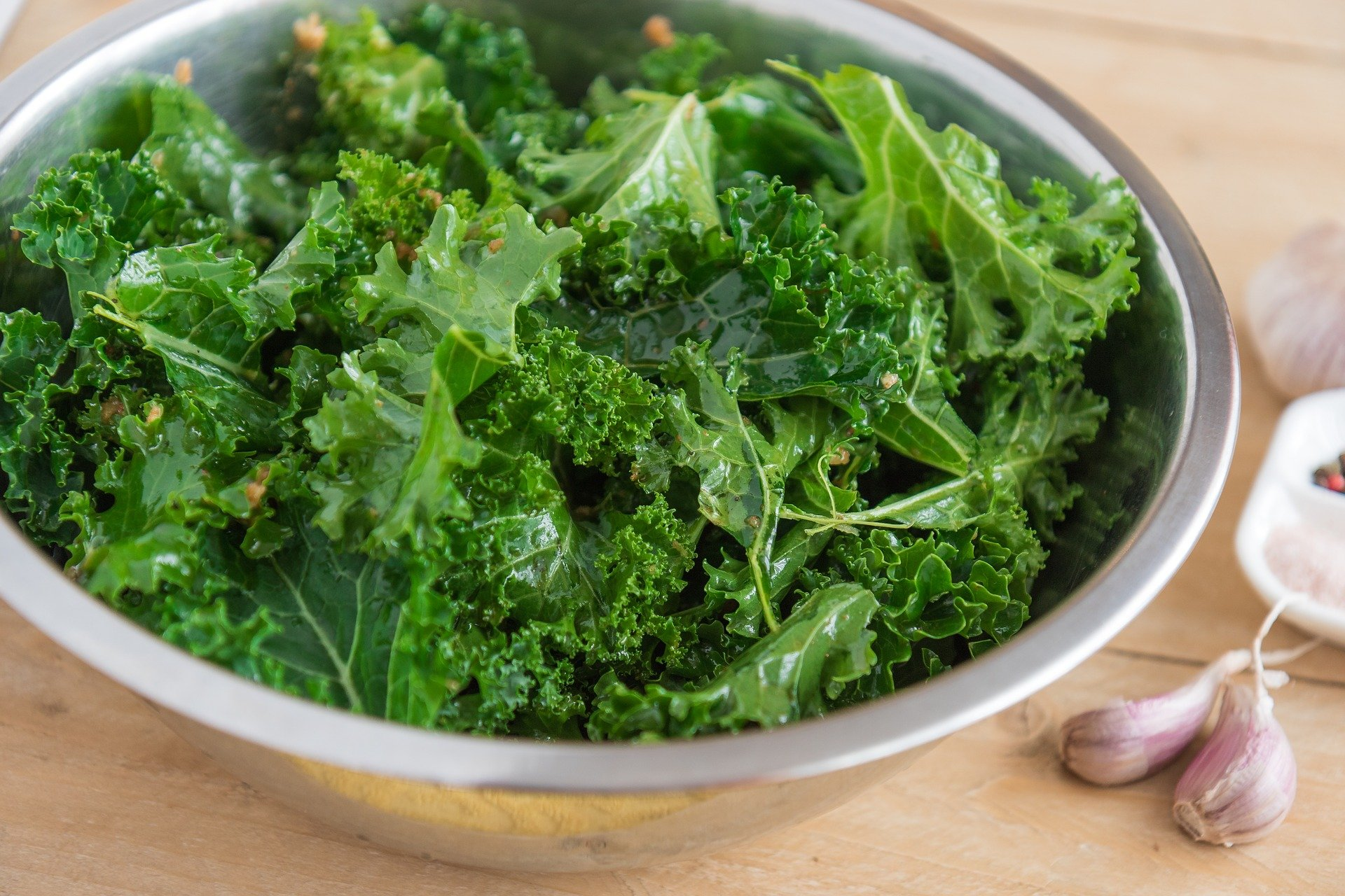 Garlic and Chili Kale crisps- Gluten free crisps