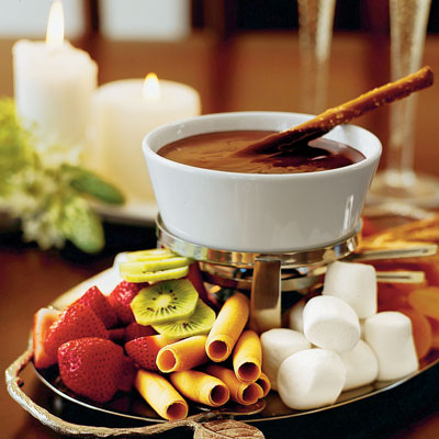 Chocolate Fondue with marshmallows and fresh fruits