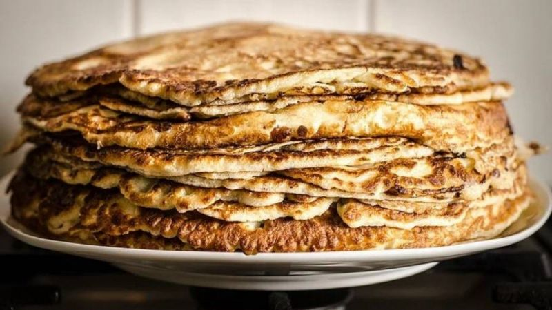 Apple and Cinnamon Pancakes- Gluten & Diary free pancakes