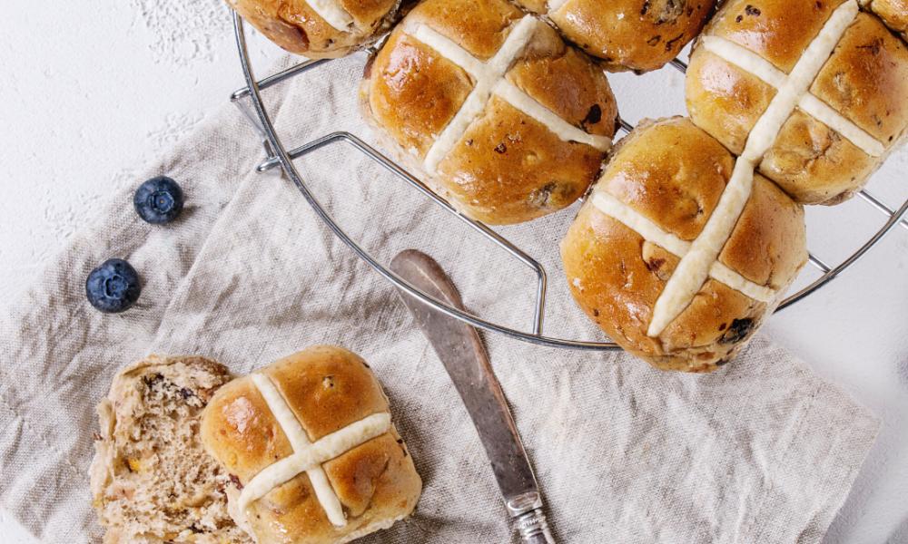 gluten free and vegan hot cross bun recipes