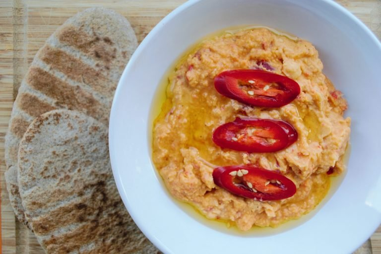 Spicy chilli hummus